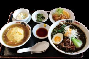 写真:黒ゴマ坦々麺セット